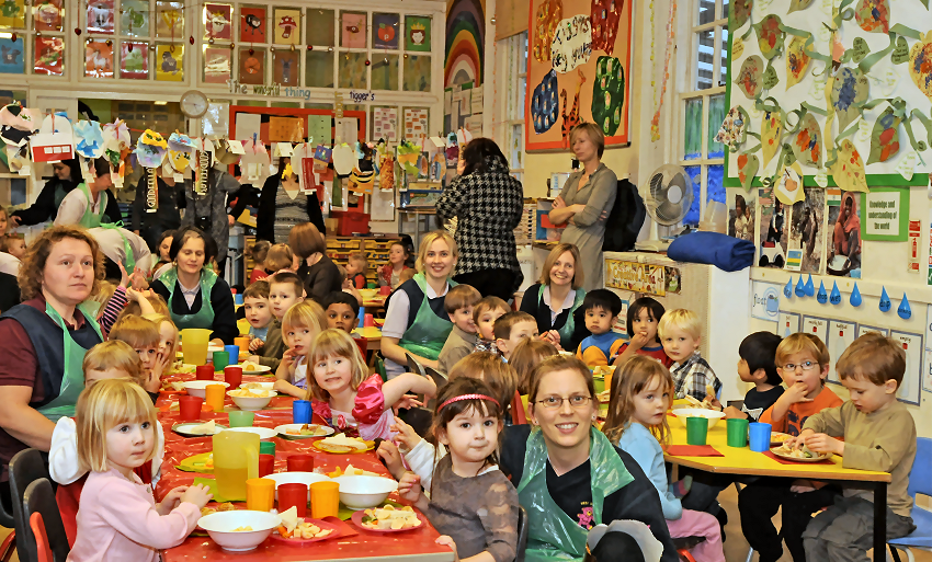 Mealtime in the day nursery